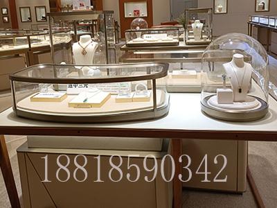 异形弧形玻璃组合展示柜